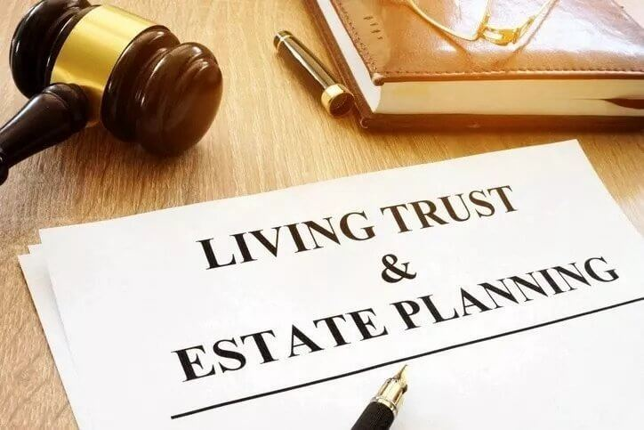 What Is The Difference Between An Estate Plan and A Trust? | NY